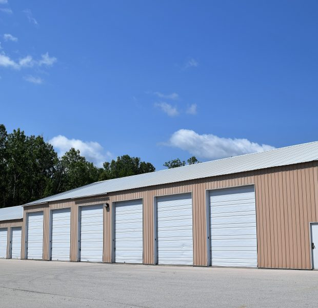 Storage Units 2233 Woodale Ave Green Bay Wi